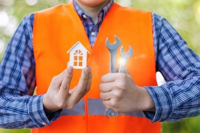 What Are the Largest Expenses of Starting a Home Repair Business