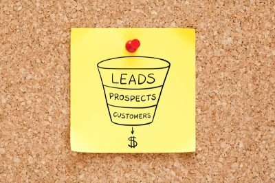 How to Keep Customer Engaged Throughout the Sales Funnel Process