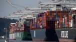 Dockers and shipping companies reach deal to end west coast port dispute