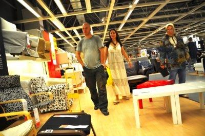 Wholesale Furniture & Home Decor