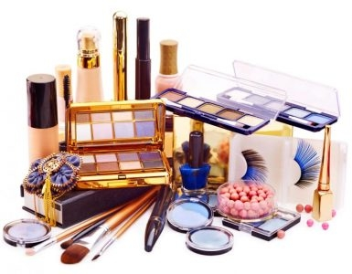 Makeup items you should have in your makeup kit